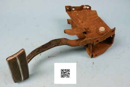 1970 Corvette C3 Auto Pedal, Used Poor